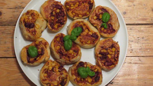 Vegane Chili sin Carne Pizzaschnecken