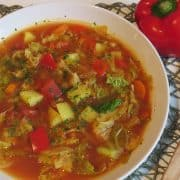 Feurige Wirsing-Paprika Suppe