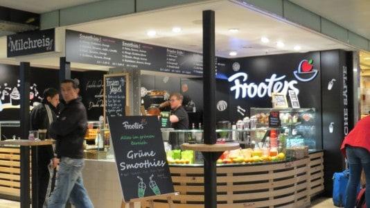 Grüne Smoothies im Kölner Hauptbahnhof