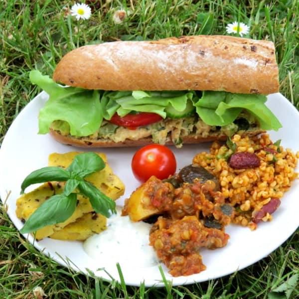 Unser veganes Picknick mit veganem Thunfischsalat und Polenta Schnitten