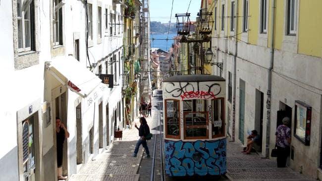 Straßenbahn, Vegan in Lissabon