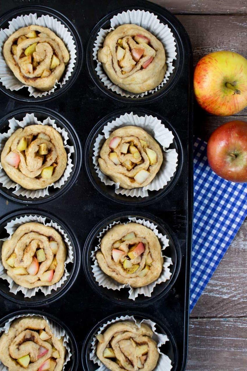 Vegane Zimtschnecken mit Apfel