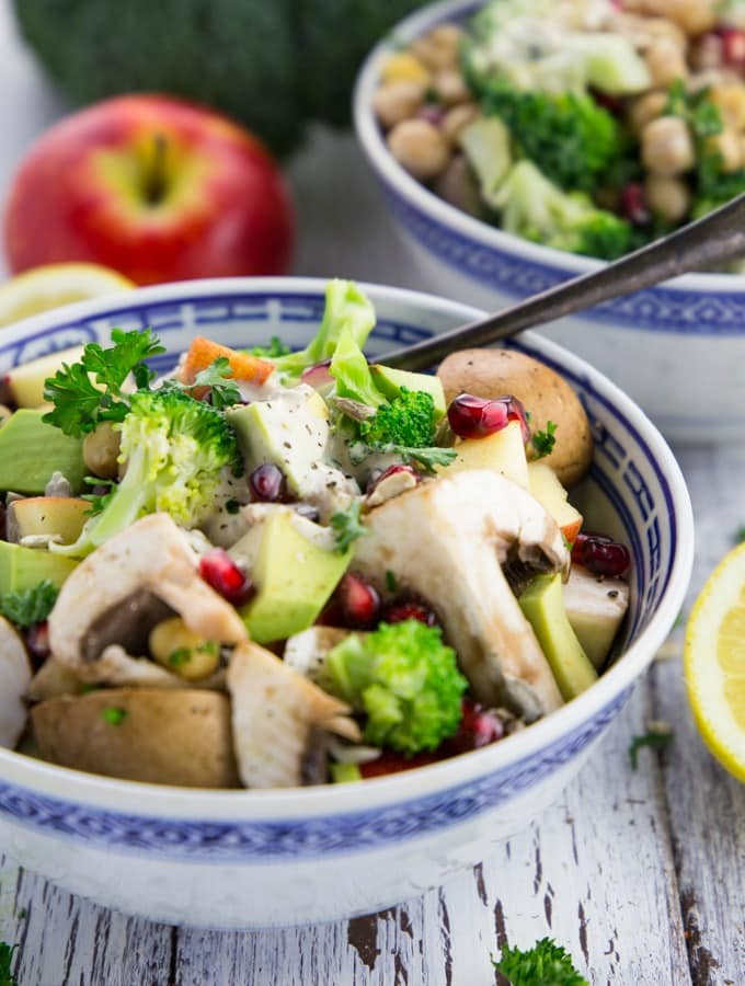 brokkoli-salat-mit-tahini-dressing-5
