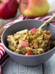 Slow Cooker Oats mit Quinoa, Apfel und Zimt