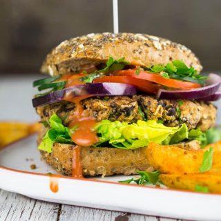 Bohnen-Burger Rezept & Gartenparty mit Geschirr von LEONARDO