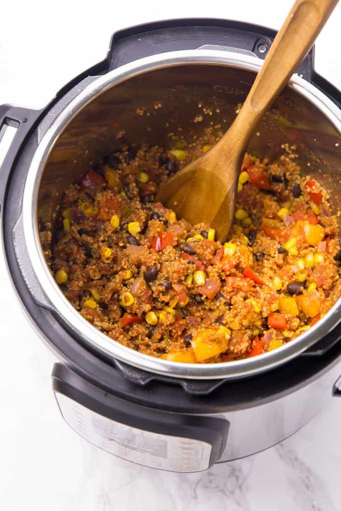 Mexikanisches Quinoa in einem Instant Pot